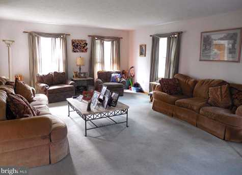 336 Fisher Dr - Photo 4