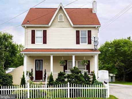4016 Gill Avenue - Photo 1