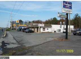 96 Dupont Boulevard - Photo 2
