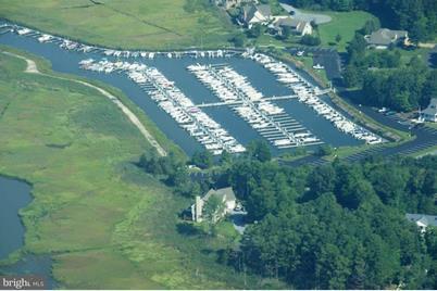 Slip F-12 33144 Colony Drive #F-12 - Photo 1