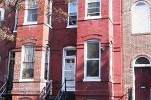 1115 5th Street NW #B - Photo 1