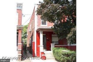 215 South Street W - Photo 1