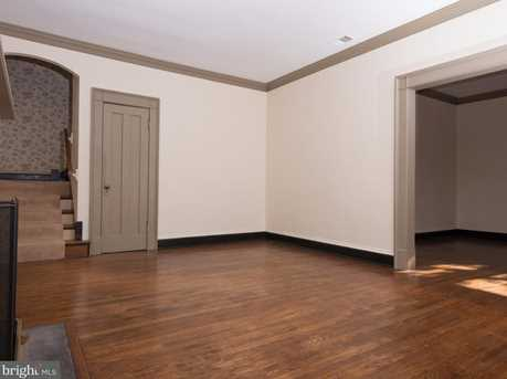 1521 Foxhall Road NW - Photo 4