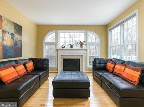 22710 Dexter House Terrace - Photo 2