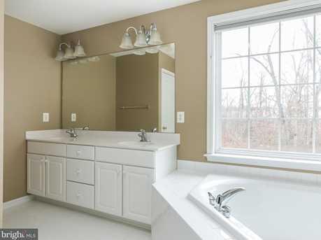 22710 Dexter House Terrace - Photo 12