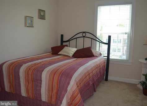 9733 Braidwood Terrace - Photo 20