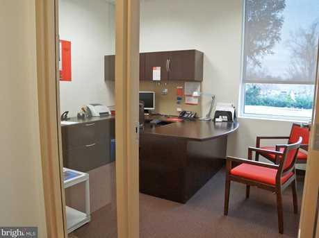 403 Holiday Court - Photo 4