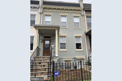 607 Kenyon Street NW - Photo 1
