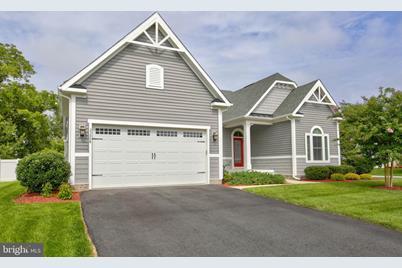 33504 Auburn Drive - Photo 1