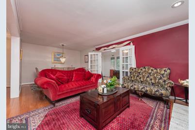 764 Trenton Avenue - Photo 1