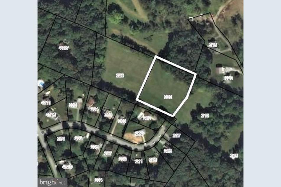 1326 Hillcrest Dr, Sykesville, MD 21784 | Redfin