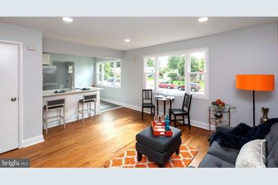 1612 Fenwood Avenue - Photo 1