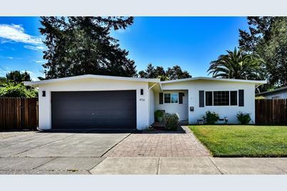456 San Gabriel Drive - Photo 1