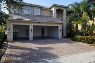 4146 SW 190th Ave - Photo 1