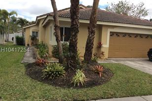 295 SW 180th Ave - Photo 1