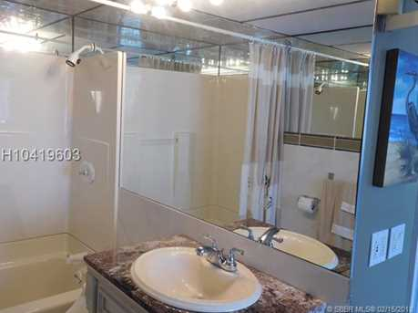 121 Golden Isles Dr #804 - Photo 32