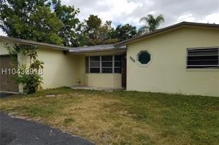 3300 NW 21st Ave - Photo 1