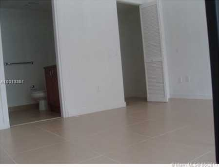 300 S Biscayne Blvd #830 - Photo 10