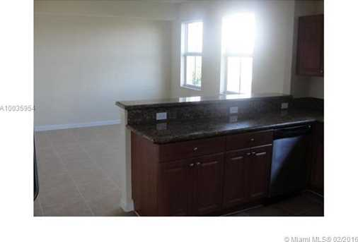 11401 NW 89th St #208 - Photo 4