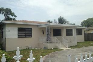 1020 NW 135th St - Photo 1