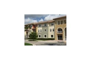 11601 NW 89th St #104 - Photo 1