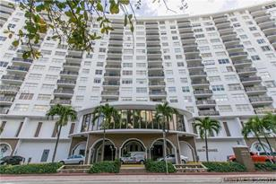 6039 Collins Ave #1034 - Photo 1
