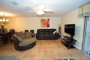 1112 NW 98th Ter #125 - Photo 1