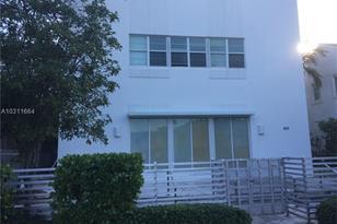 935 Euclid Ave #1 - Photo 1