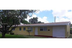 20130 NW 12th Ave - Photo 1