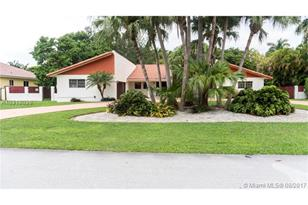 14440 SW 94th Ave - Photo 1