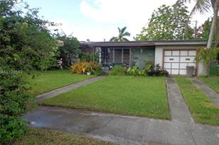 9480 SW 52nd Ter - Photo 1