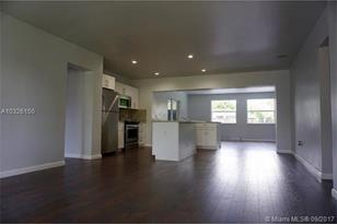 721 SW 69th Ave - Photo 1
