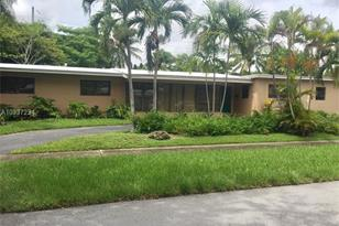 9250 SW 81st Ave - Photo 1