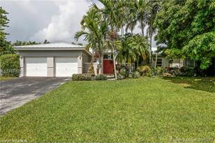14660 SW 75th Ave - Photo 1