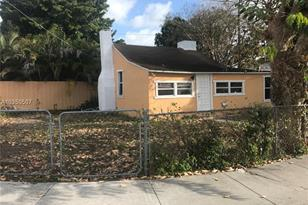 999 NW 109th - Photo 1