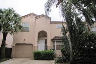 10988 NW 12th Ct - Photo 1