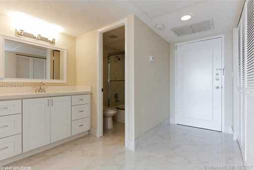 11111 Biscayne Blvd #1205 - Photo 14