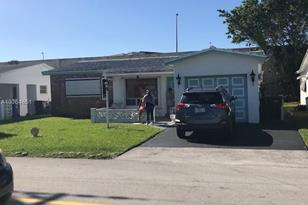 4165 NW 52nd Ave - Photo 1