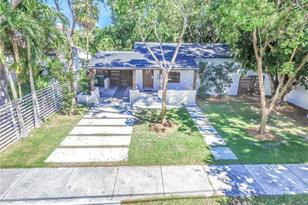 249 SW 32nd Rd - Photo 1