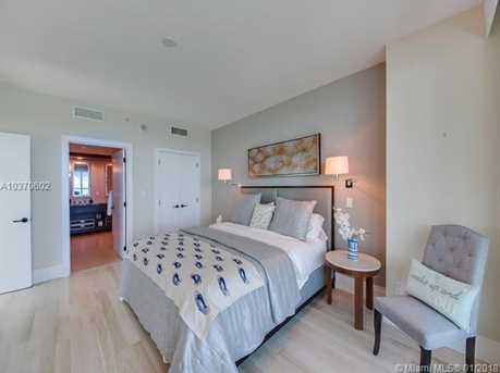 6799 Collins Ave #1705 - Photo 8