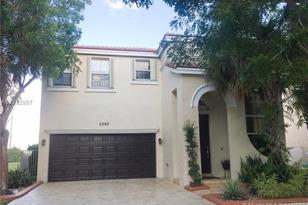5093 SW 155th Ave - Photo 1