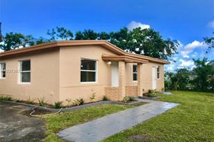 2045 NW 126th St - Photo 1