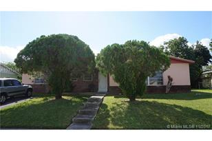 10844 SW 154th Ter - Photo 1