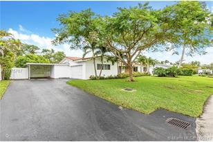 13801 SW 80th Ave - Photo 1