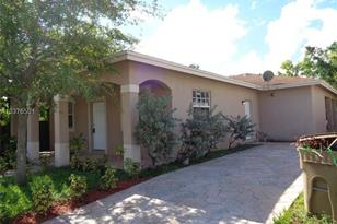 4203 SW 56th Ave - Photo 1