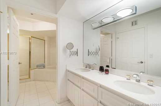 6301 Collins Ave #2607 - Photo 14