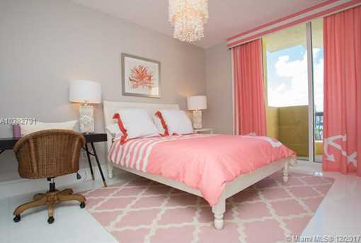 17875 Collins Ave #1202 - Photo 20