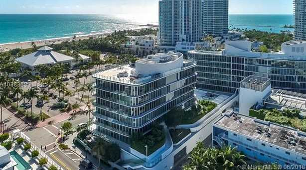 1 Collins Ave #207 - Photo 32