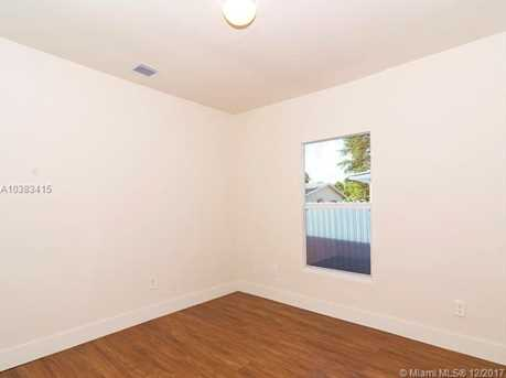 4228 NW 1st Ave - Photo 22