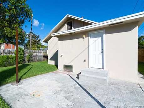 4228 NW 1st Ave - Photo 40